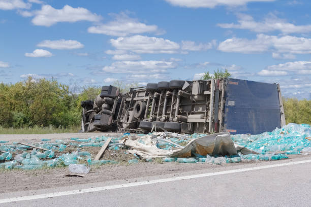 15 Questions To Ask When Hiring a Truck Accident Lawyer